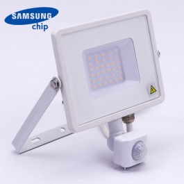 30W LED Прожектор Със Сензор  SAMSUNG ЧИП  Бяло Тяло 3000К